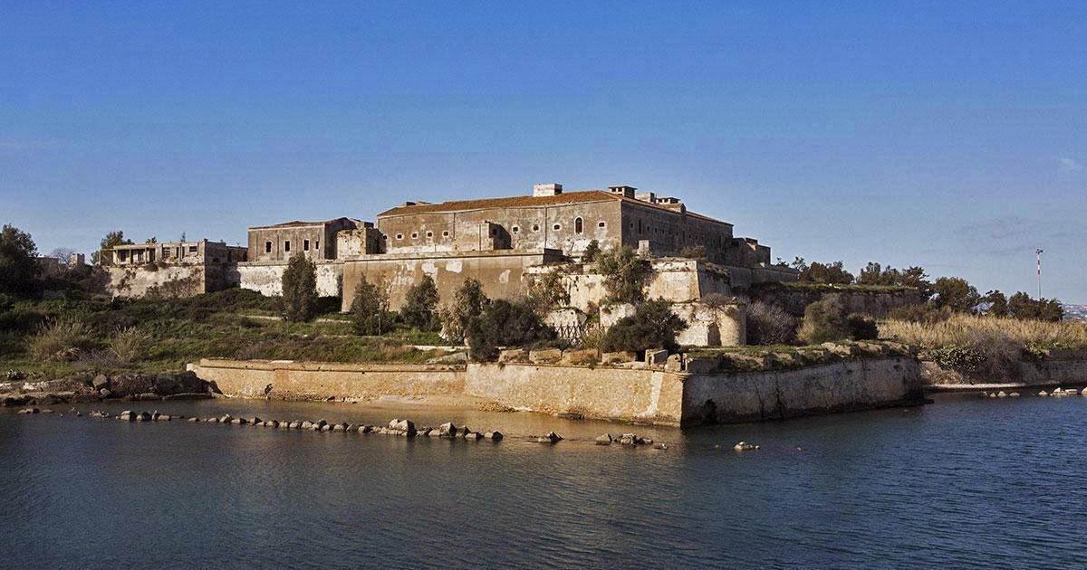 Beni Culturali Sicilia e zona gialla: riaprono i musei di Naxos e Francavilla