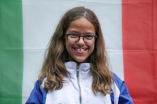 La giovane atleta siracusana Giorgia Fotia conquista due titoli nazionali nel nuoto paralimpico a soli 15 anni