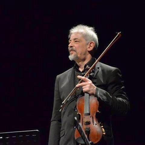 Paolo Angeli, con la sua chitarra sarda, inaugura la nuova stagione di concerti di Zō Catania