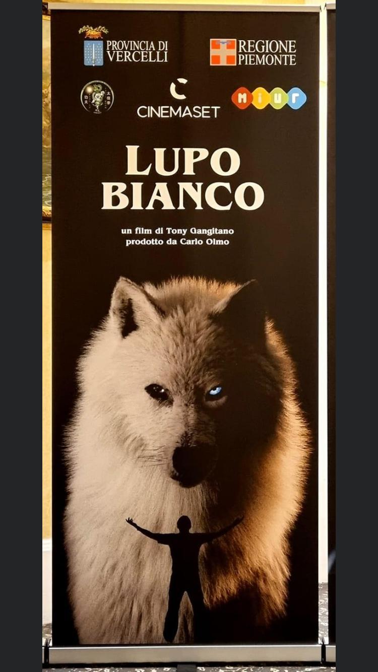 """Guia Jelo alla Mostra del Cinema di Venezia con il film """"Lupo Bianco"""""""