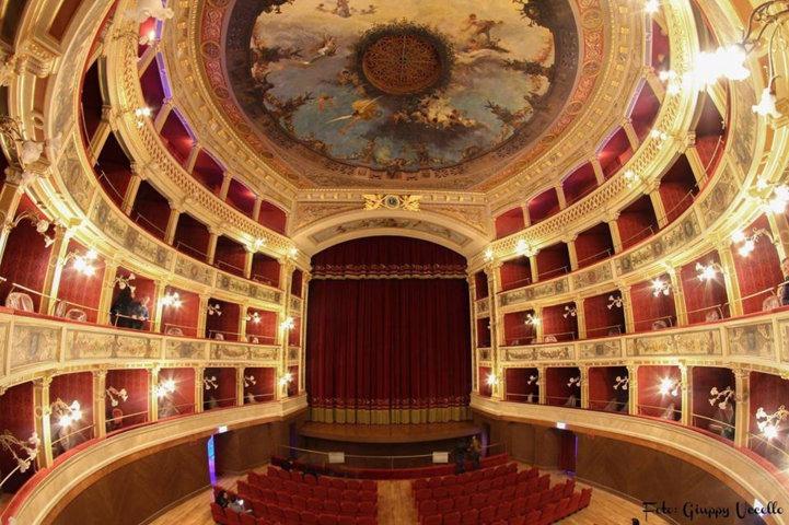 teatro-comunale-siracusa-2-1633091969.jpg