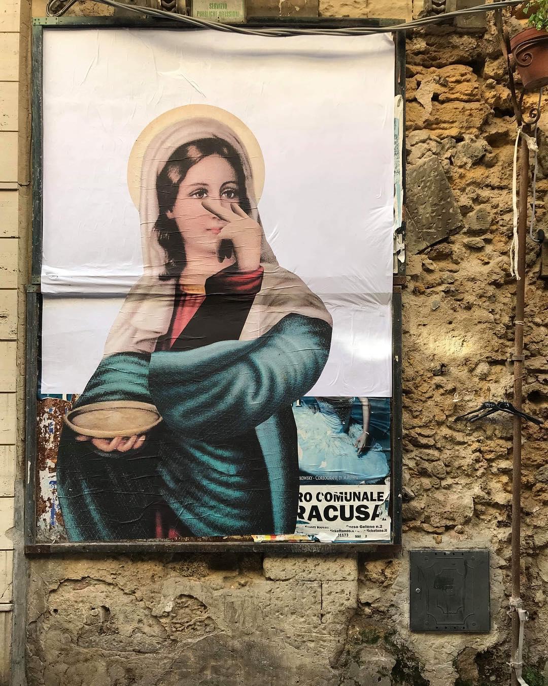 Gatto Nero non addomesticabile e la sua wall art tra sacro ed attualità