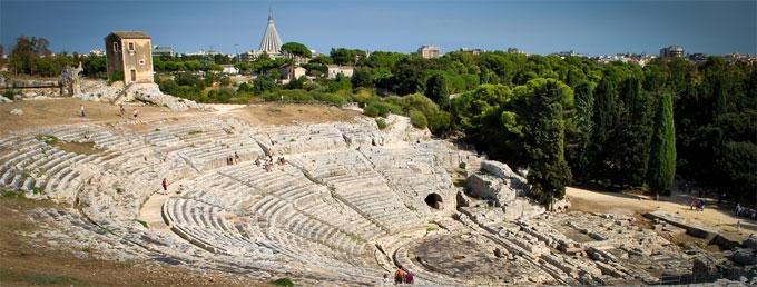 Il Teatro Greco di Siracusa aperto ad eventi estivi: i dubbi del vicesindaco Italia sull'iter burocratico