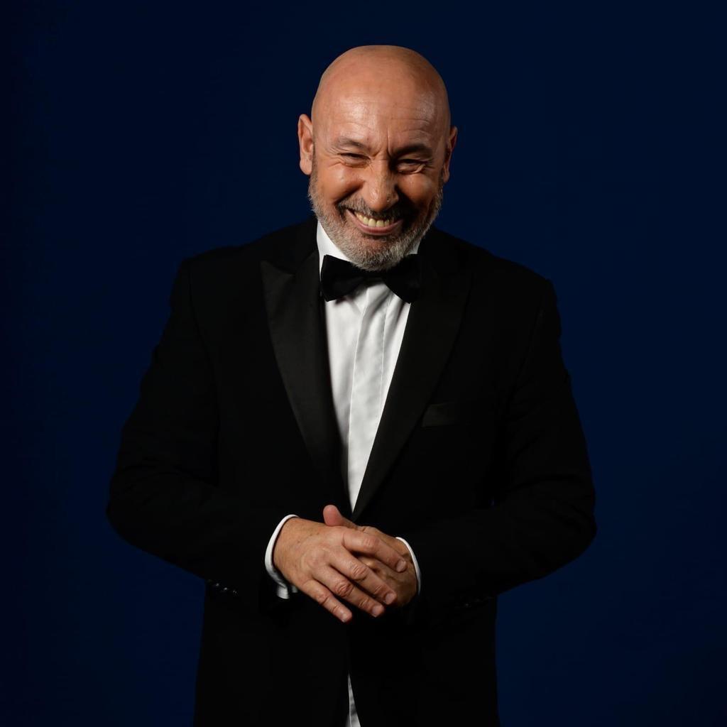 """""""Ma non doveva andare tutto bene?"""" a Zafferana, il nuovo spettacolo di Maurizio Battista, unica tappa siciliana del tour teatrale estivo"""