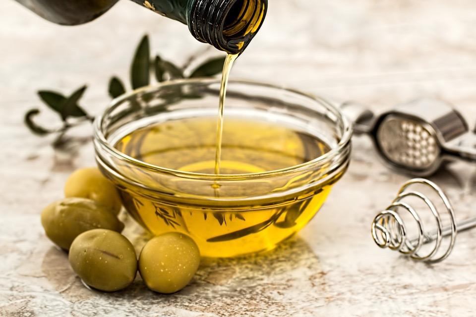 La Sicilia e l'olio: fra tradizioni culinarie e riconoscimenti internazionali