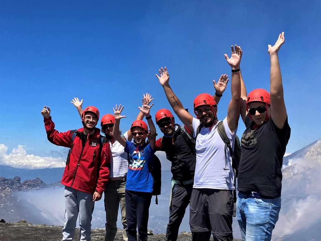 National Geographic dedica la copertina di Agosto all'Etna