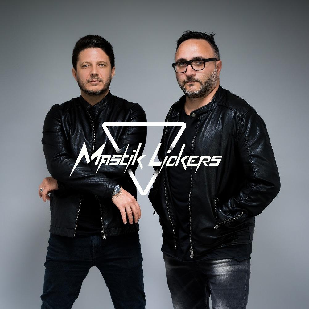 mastiklickers-1600943052.jpg