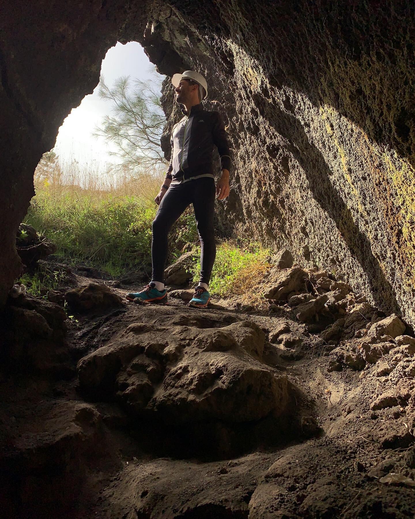 Francesco Costa e la sua trilogia sui Neanderthal