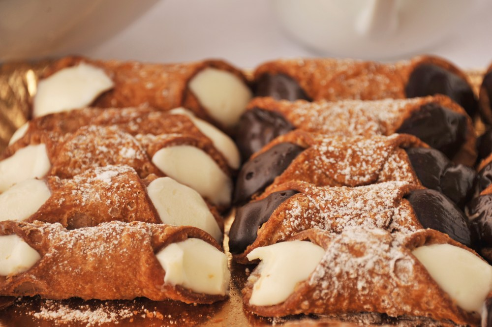 cannoli-sicilyfestlondon2019-1579704850.cannoli-Sicily+Fest+London+2019